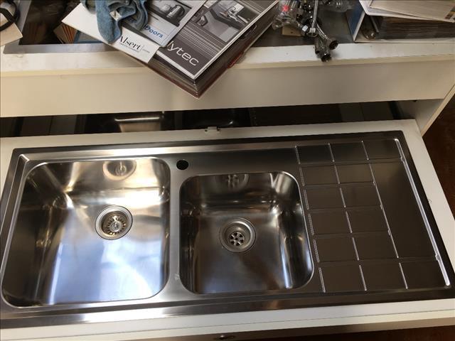 Kitchen sinks - stainless steel