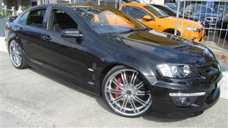 2012 HOLDEN SPECIAL VEHICLE CLUBSPORT R8 E3 MY12.5 4D SEDAN