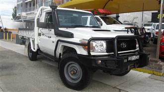 2011 TOYOTA LANDCRUISER WORKMATE 4X4 3 SEAT VDJ78R MY12 UPDATE TROOPCARRIER