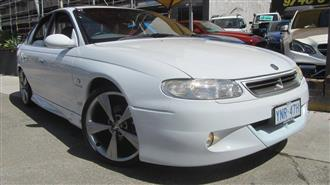 1999 HOLDEN SPECIAL VEHICLE SENATOR SIGNATURE VTII 4D SEDAN