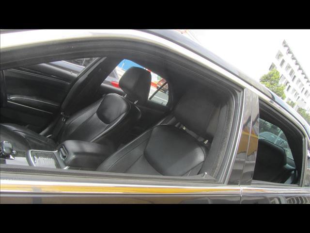 2012 CHRYSLER 300 C LUXURY MY12 4D SEDAN