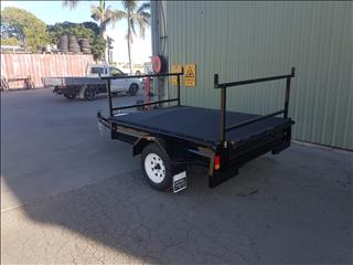 2017  mcneill 7*5 trailer with racks and tonneau cover