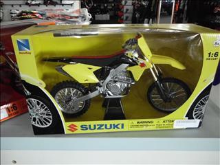 Die cast model motorcycles