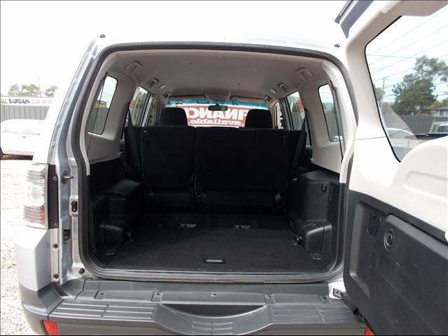 2007 Mitsubishi Pajero  NS Wagon