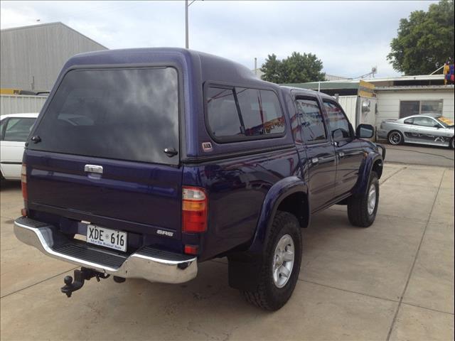 2004 TOYOTA HILUX SR5 (4x4) KZN165R DUAL CAB P/UP