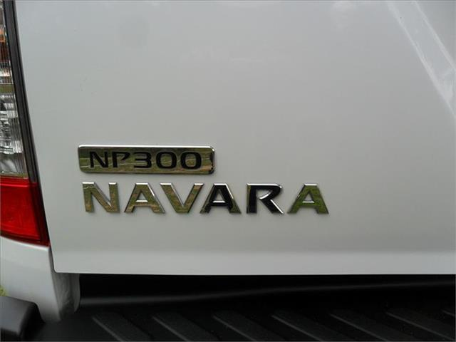 2015  NISSAN NAVARA RX (4x4) NP300 D23 4x4 DOUBLE CAB UTILITY