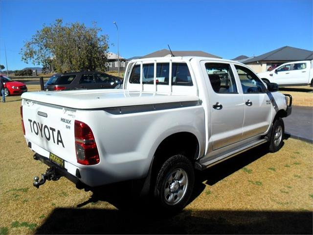 2013  TOYOTA HILUX SR (4x4) KUN26R MY12 4x4 DUAL CAB P/UP