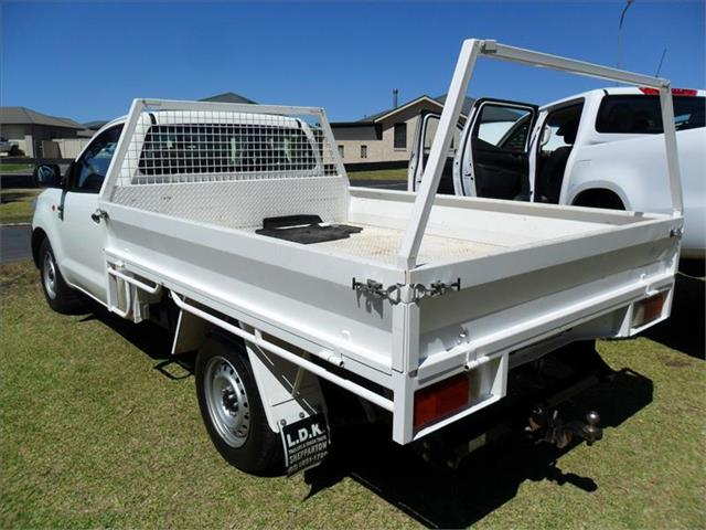 2014  TOYOTA HILUX WORKMATE TGN16R MY14 RWD C/CHAS