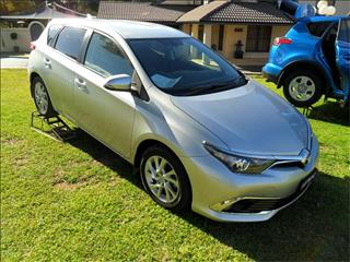 2018  TOYOTA COROLLA ASCENT SPORT ZRE182R MY17 FWD 5D HATCHBACK