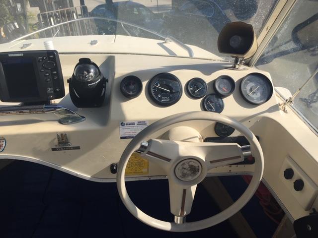 Cruise Craft 5.3m Half Cab