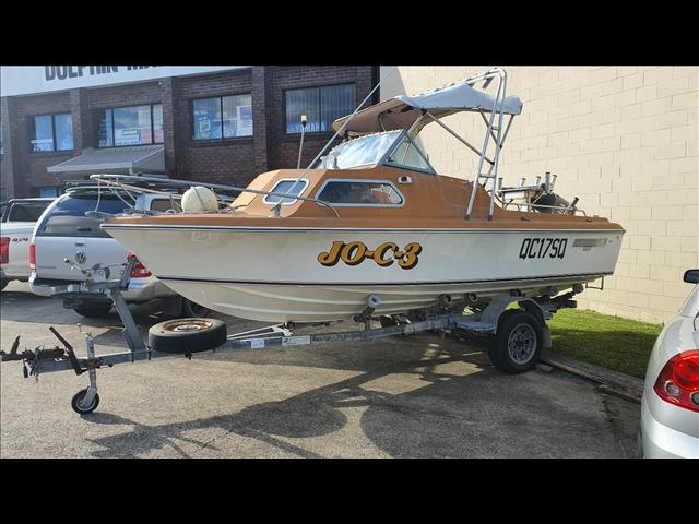 Haines Hunter V17C runabout