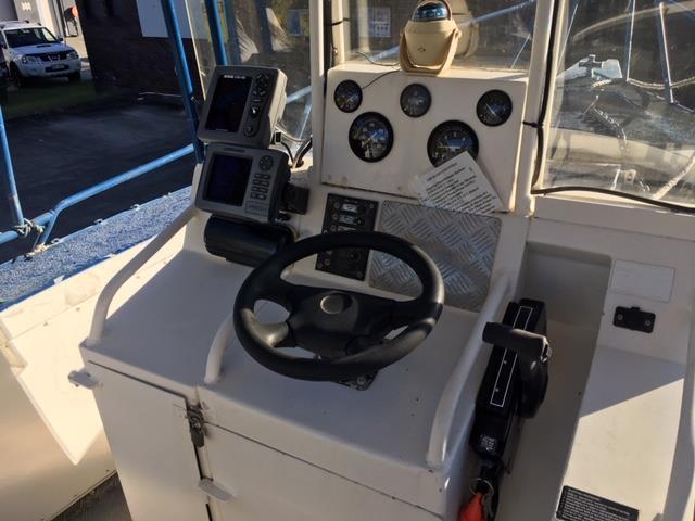 Stessl 7.2m Plate Centre Console