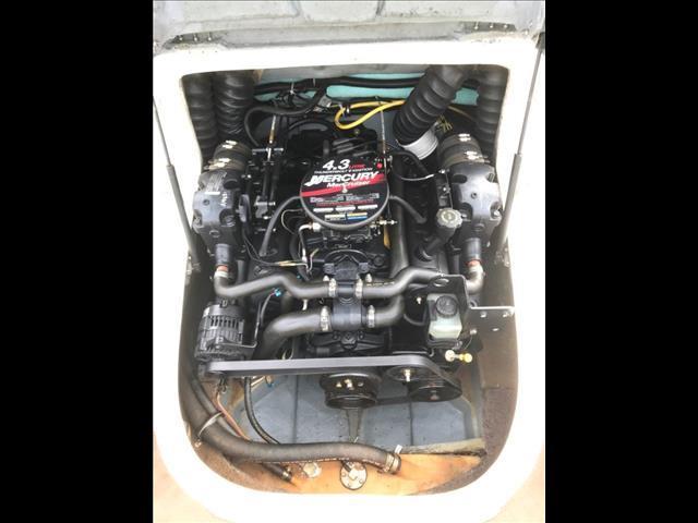 Bayliner 185 V6