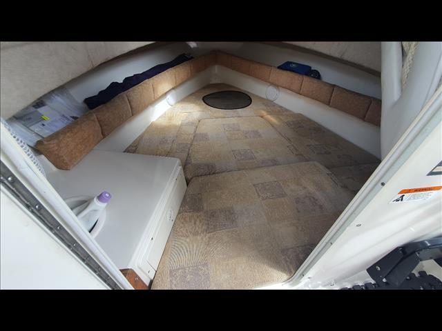 Seaswirl 7m Half Cabin