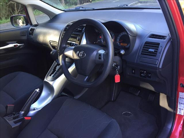 2010 TOYOTA COROLLA ASCENT ZRE152R MY10 5D HATCHBACK