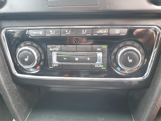 2011  SKODA Superb Ambition 3T Wagon