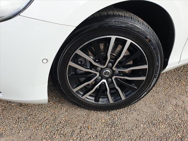 2017  Volvo V40 T3 M Series Hatchback