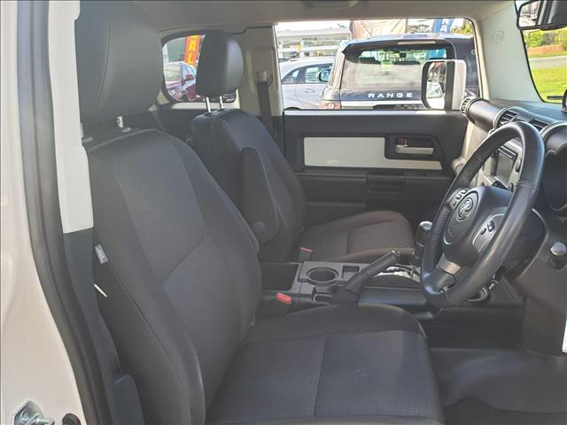 2016  Toyota FJ Cruiser   Wagon
