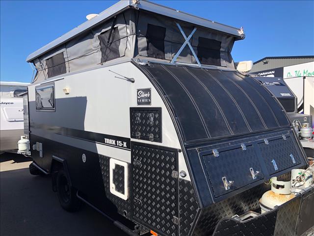 2018 Jawa Trax 15-X