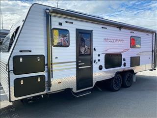 2016 Universal Caravans Hollywood