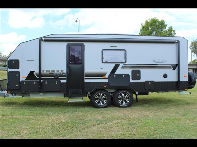 2018 On The Move TRAXX Off Road Bunk Caravan