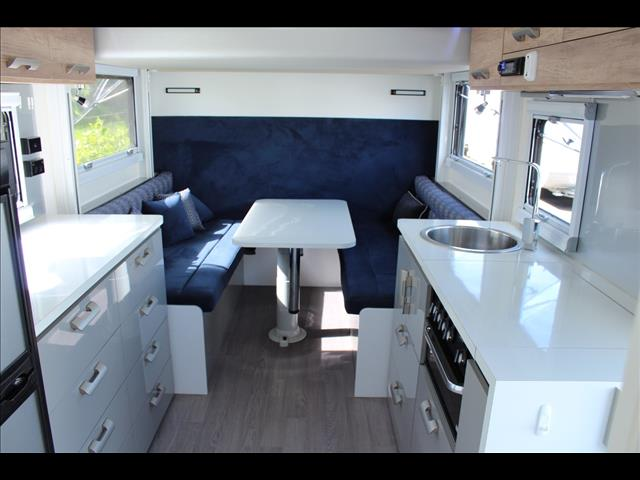 2017 Royal Flair Piazza 16'6 with Sky Deck