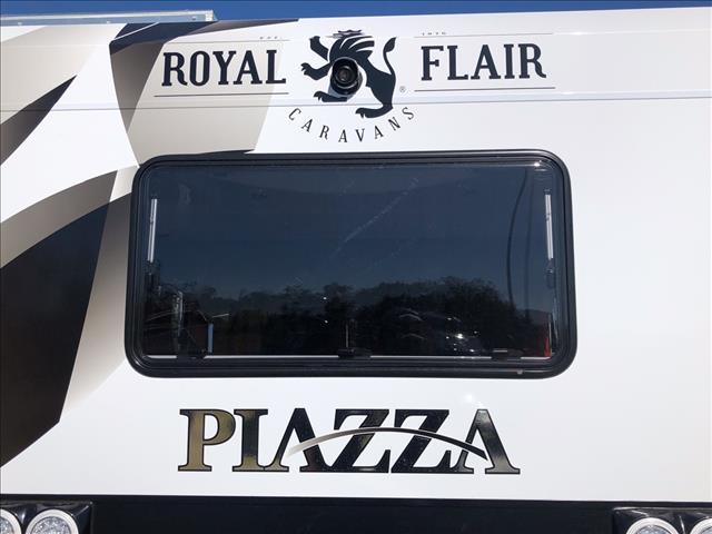 2019 Royal Flair Piazza 18'6