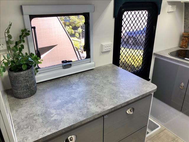 2019 Royal Flair Razor XT 14'6 Club Lounge Off Road Caravan