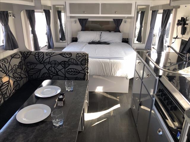 2018 Roma Pinto Caravan