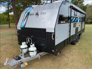 2020 Royal Flair Caravans Family Flair 24' 4 Bunks