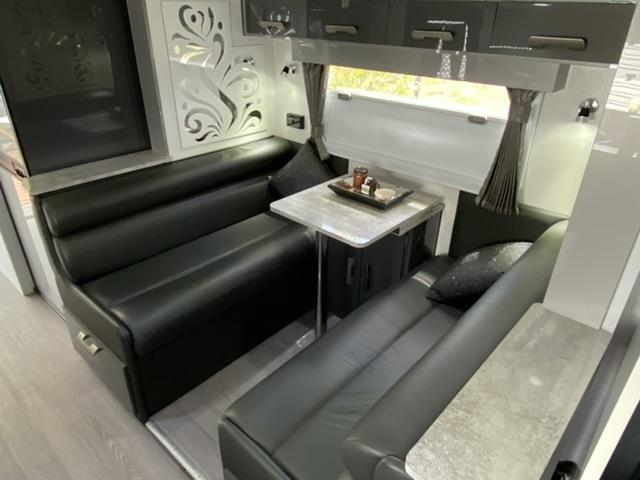 2017 Royal Flair Piazza 21'6 Caravan with Slide