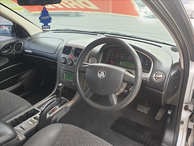 2005 HOLDEN ADVENTRA SX6 VZ 4D WAGON