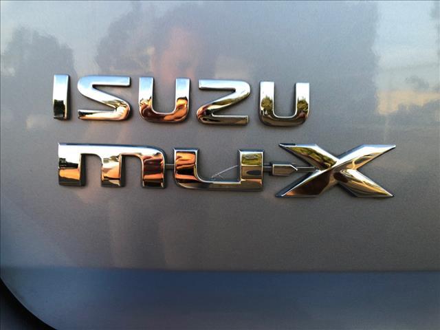 2014 ISUZU MU-X LS-U (4x2) UC 4D WAGON
