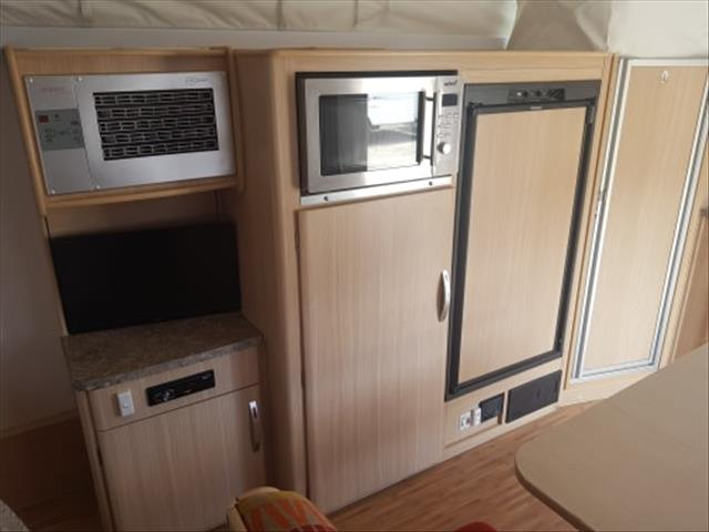 Jayco Discovery Double bed 2012
