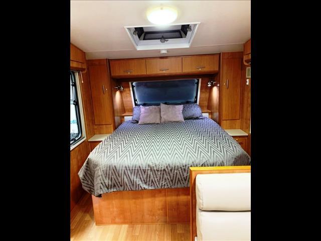2011 Lotus Caravans UPTOWN Off Road