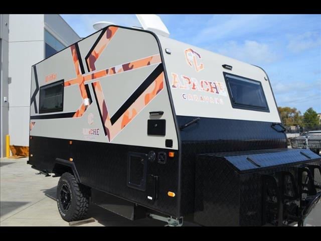 NEW APACHE WILDKAT A TOY HAULER OFF ROAD