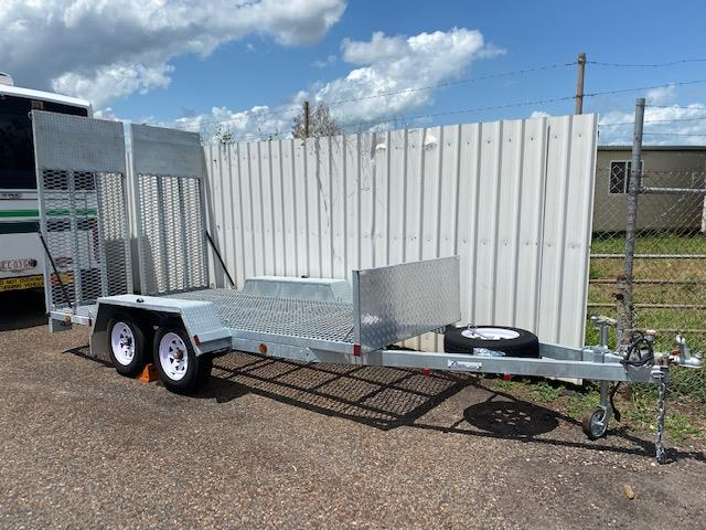 2018 Premium Box T20 Trailer with loading Ramps