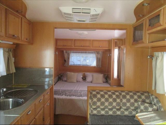 2010  RIVER DIAMANTINA   CARAVAN