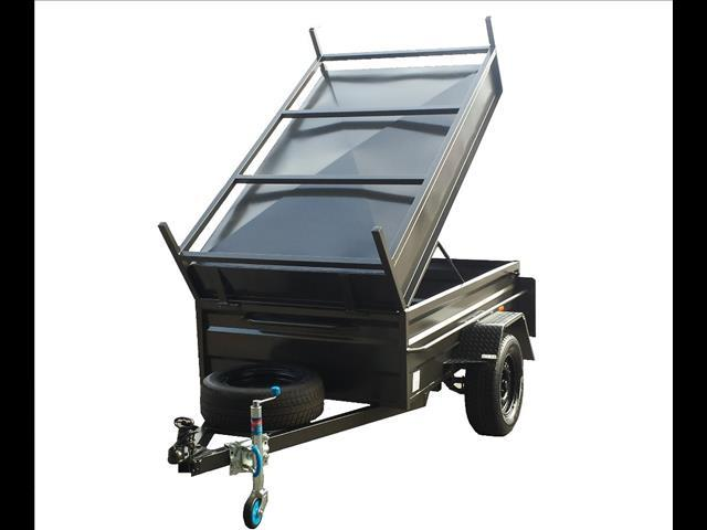 Box Trailer with Lid (Item 123)