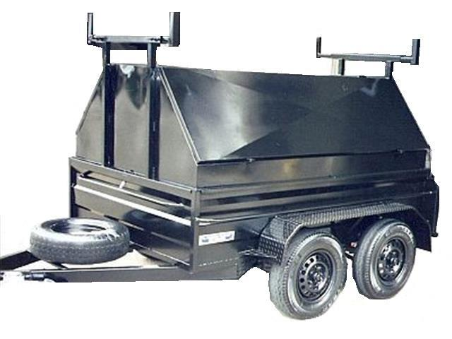 Box Trailer Enclosed with 2 Openings (Item 31)