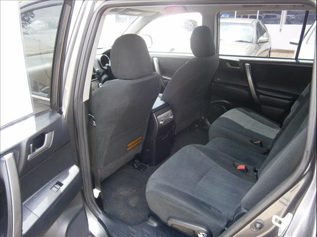 2011 TOYOTA KLUGER KX-R (FWD) 7 SEAT GSU40R MY11 UPGRADE 4D WAGON