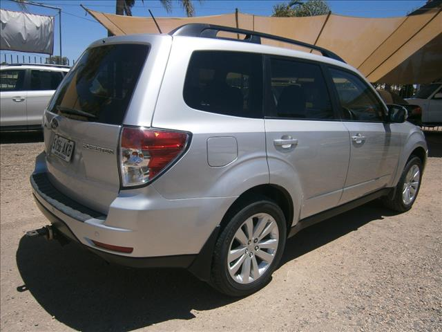 2011 SUBARU FORESTER XS MY11 4D WAGON