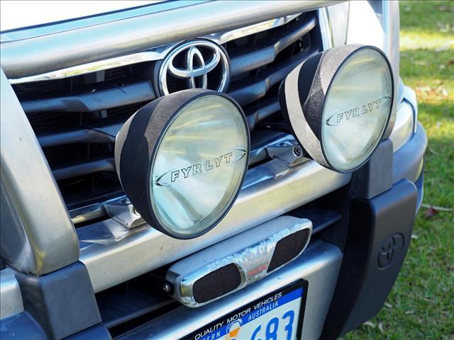 2011 TOYOTA HILUX SR KUN26R CAB CHASSIS