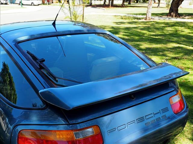 1988 PORSCHE 928 S4 (No Series) COUPE