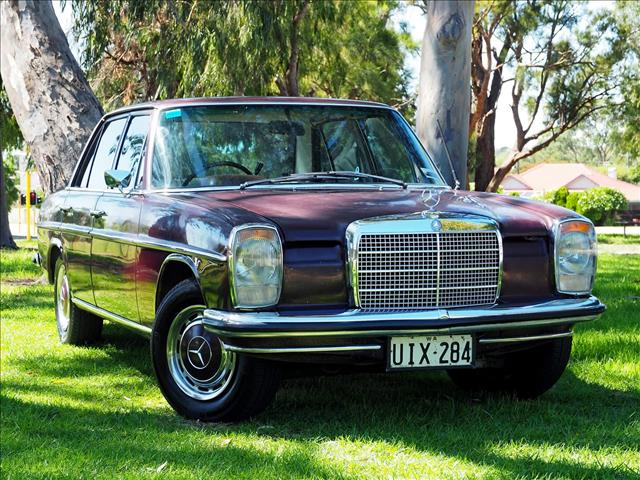 1969 MERCEDES-BENZ 230  W114 SEDAN