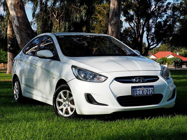 2013 HYUNDAI ACCENT Active RB SEDAN
