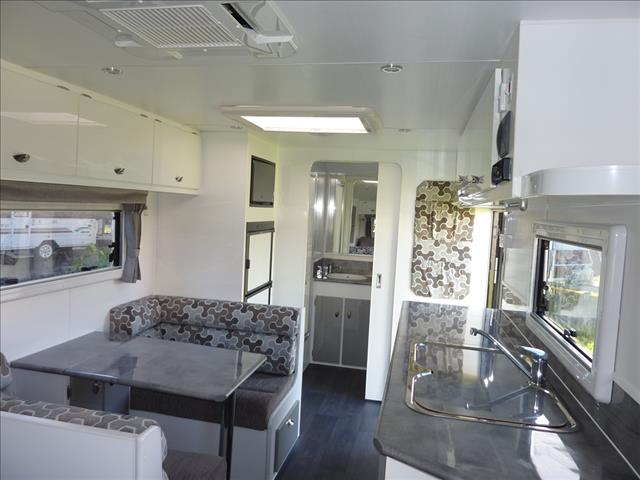 NEW 2018 OLYMPIC MARATHON CARAVAN WITH FULL ENSUITE ON SALE NOW