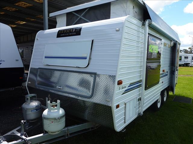 2002 EVERNEW 17 FOOT 6 TANDEM POP TOP WITH A/C