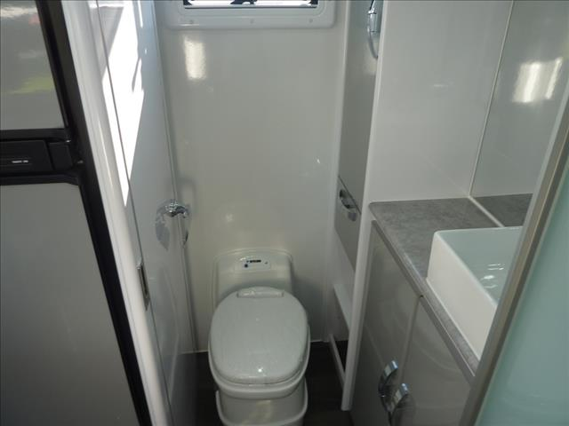 NEW 2020 SNOWY RIVER SR17 MODEL - 18 FT EXT. BODY WITH FULL ENSUITE ON SALE NOW