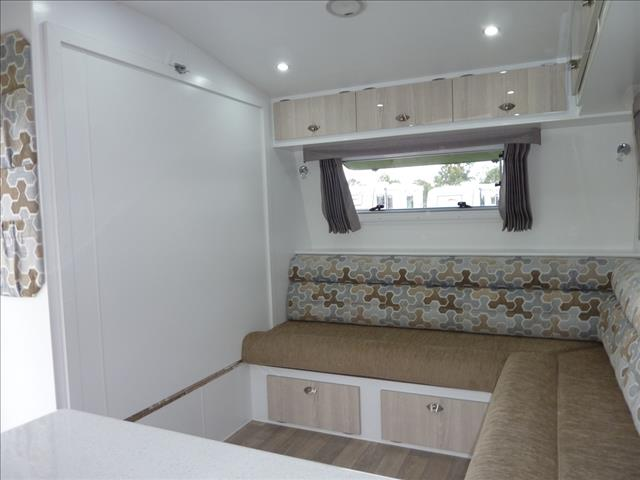 2017 OLYMPIC 3 BUNK FAMILY CARAVAN 20FT ON SALE NOW